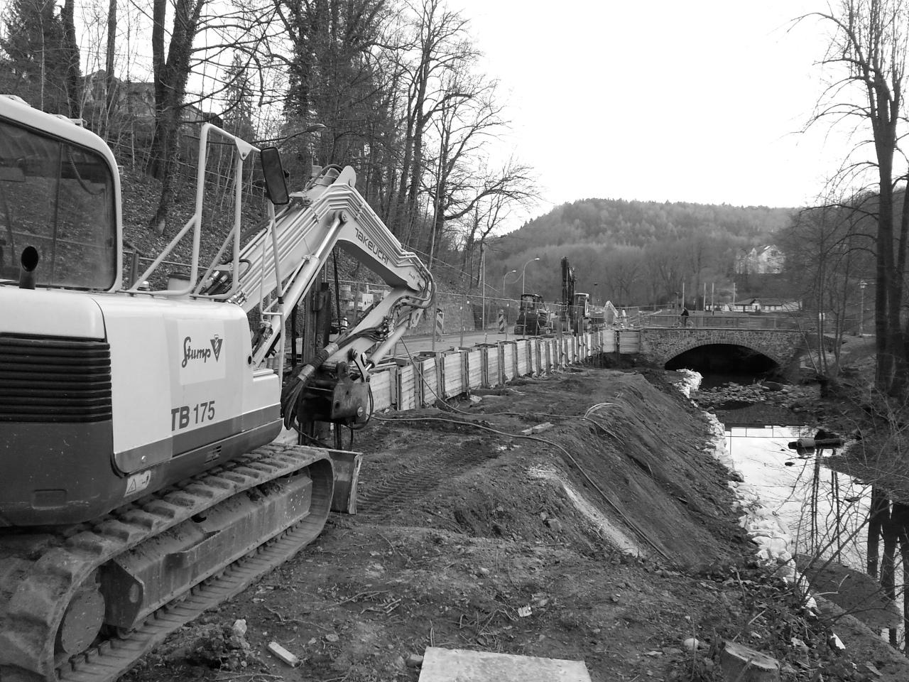 S 32, Ersatzneubau Stützwand BW 14 entlang der Zschopau in Waldheim