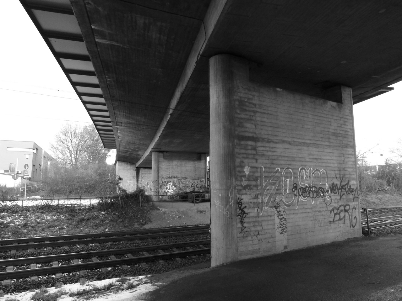 B 8, Instandsetzung der Unterführung der DB bei Bischofsheim