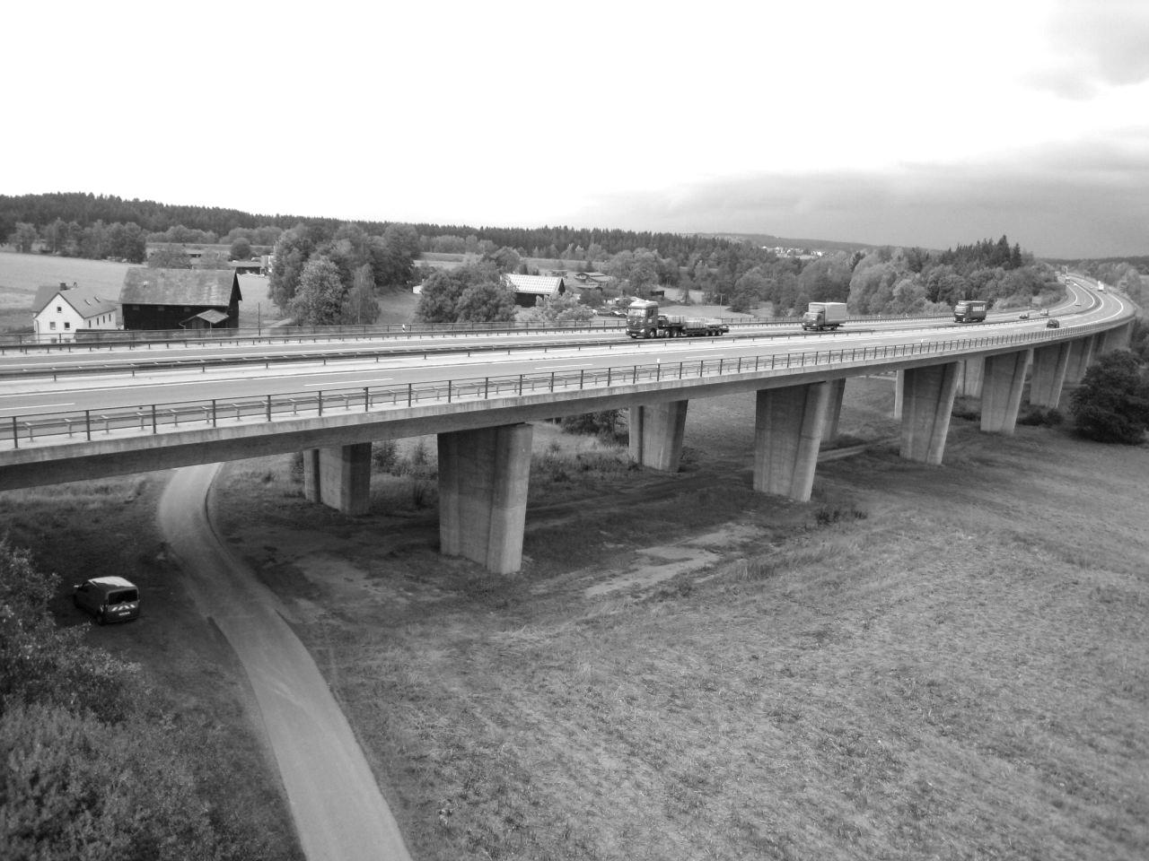 Perlenbachtalbrücke TWB 1