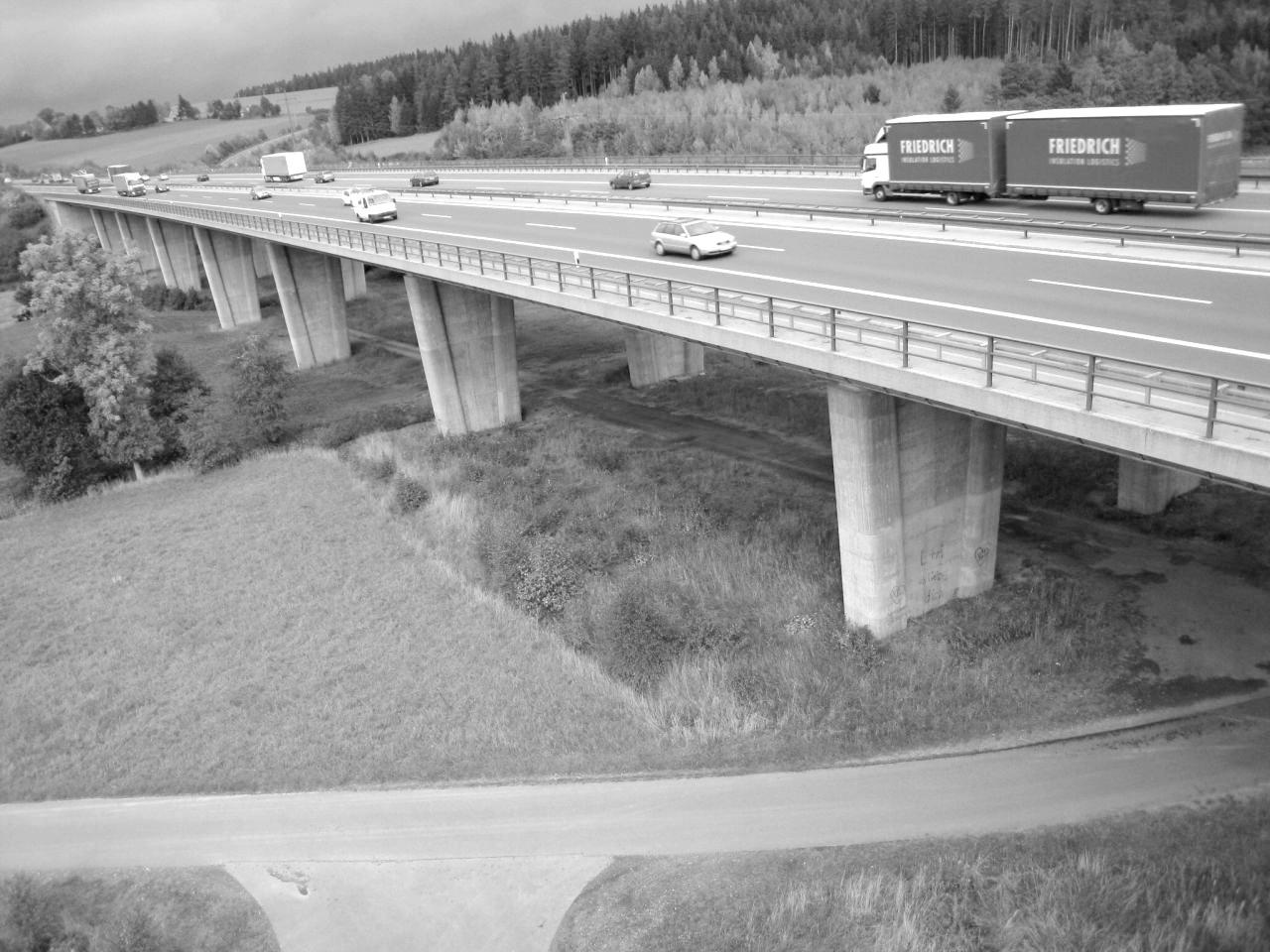 Perlenbachtalbrücke TWB 2