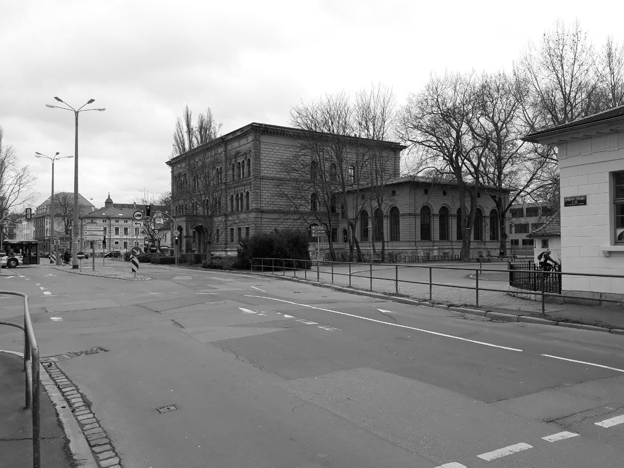 Neugestaltung Sophienstiftsplatz mit Gropiusstraße in Weimar